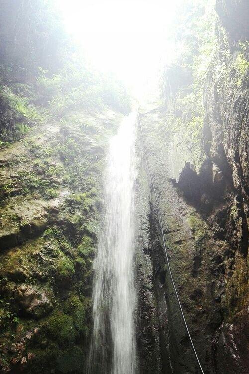 تور جنگل و آبشار بکر سنگ درکا